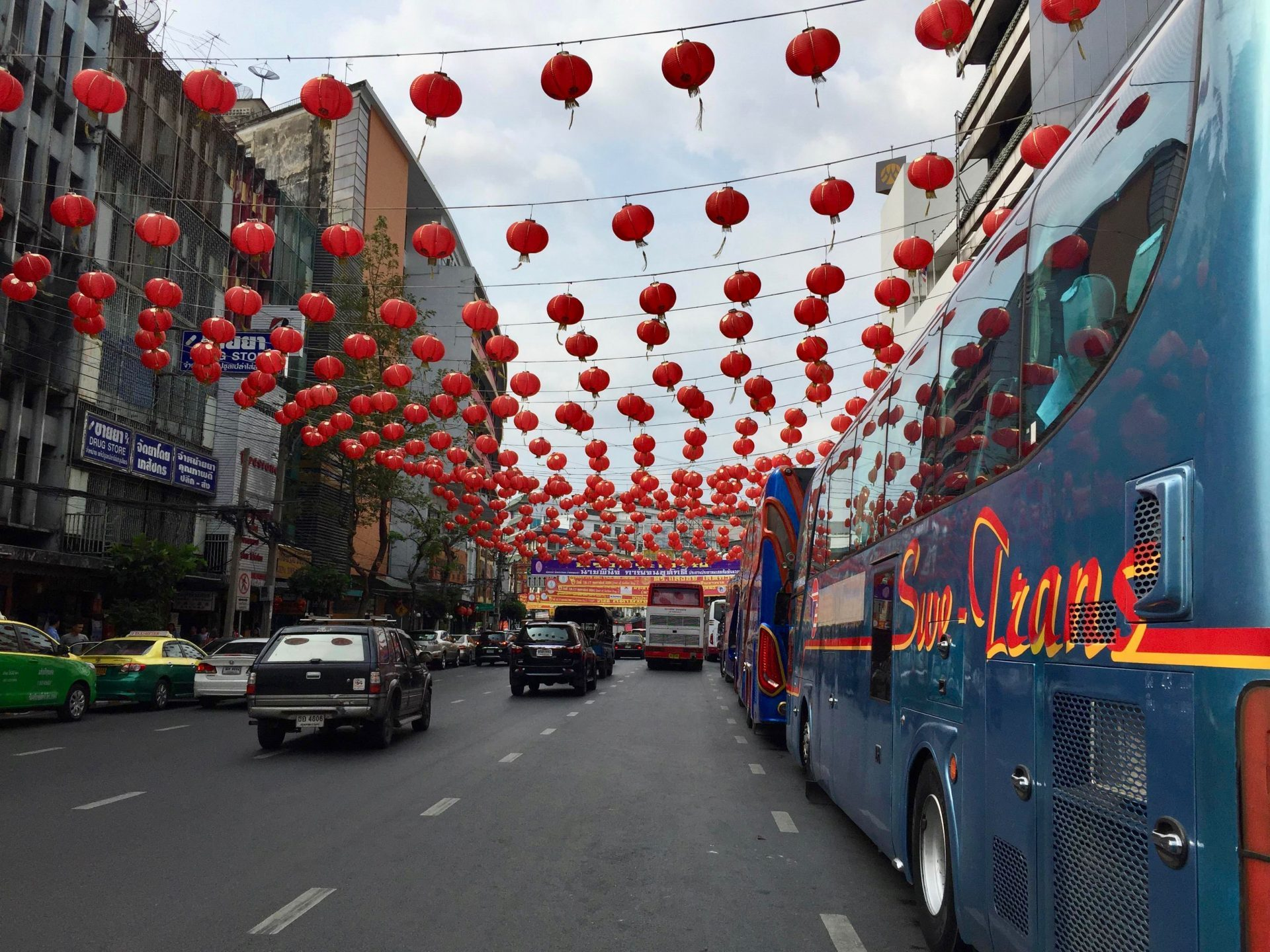 Chinatown, the first spot that our bus stopped after going from Pattaya to Bangkok.