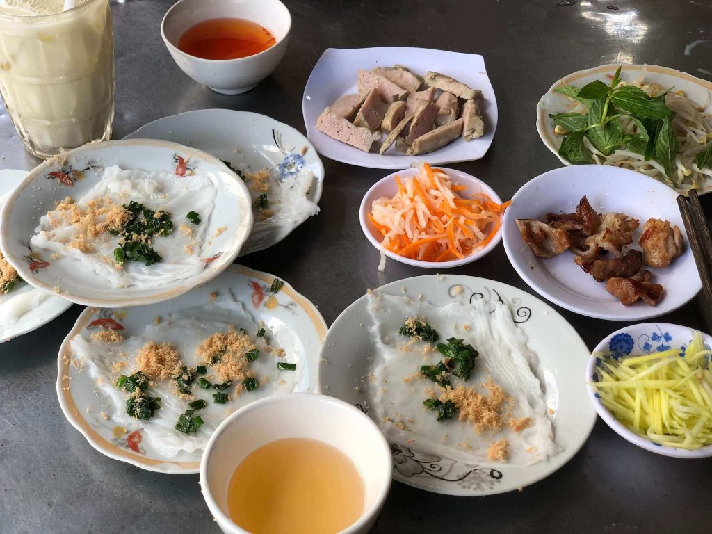 Bánh Ướt is an ingredient of Bánh Đập, restaurants always sell both of them for customers to have more choices