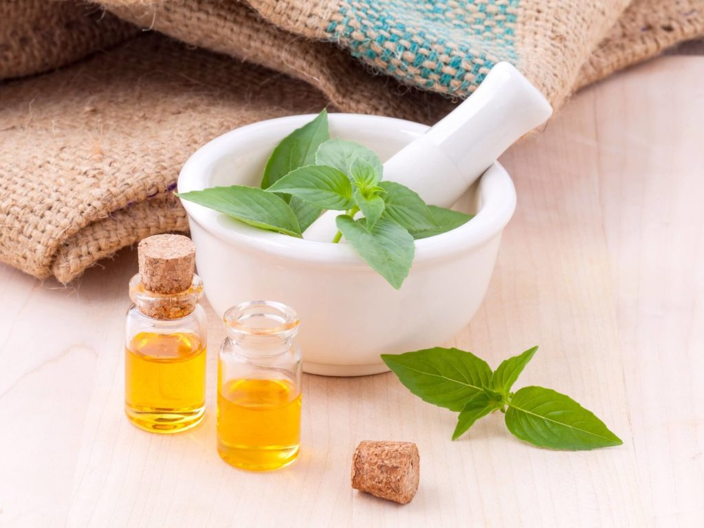 massage oil is used as a travel medicine to relief muscle pain