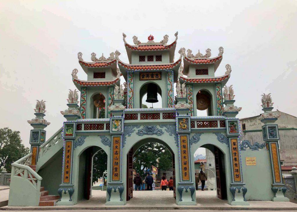Tam Quan Gate at Ba Chua Kho Temple