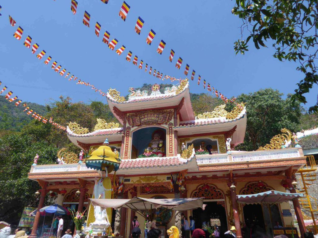 Ba Den Temple is one of the famous Vietnam temples in the scenic area of Ba Den mountain