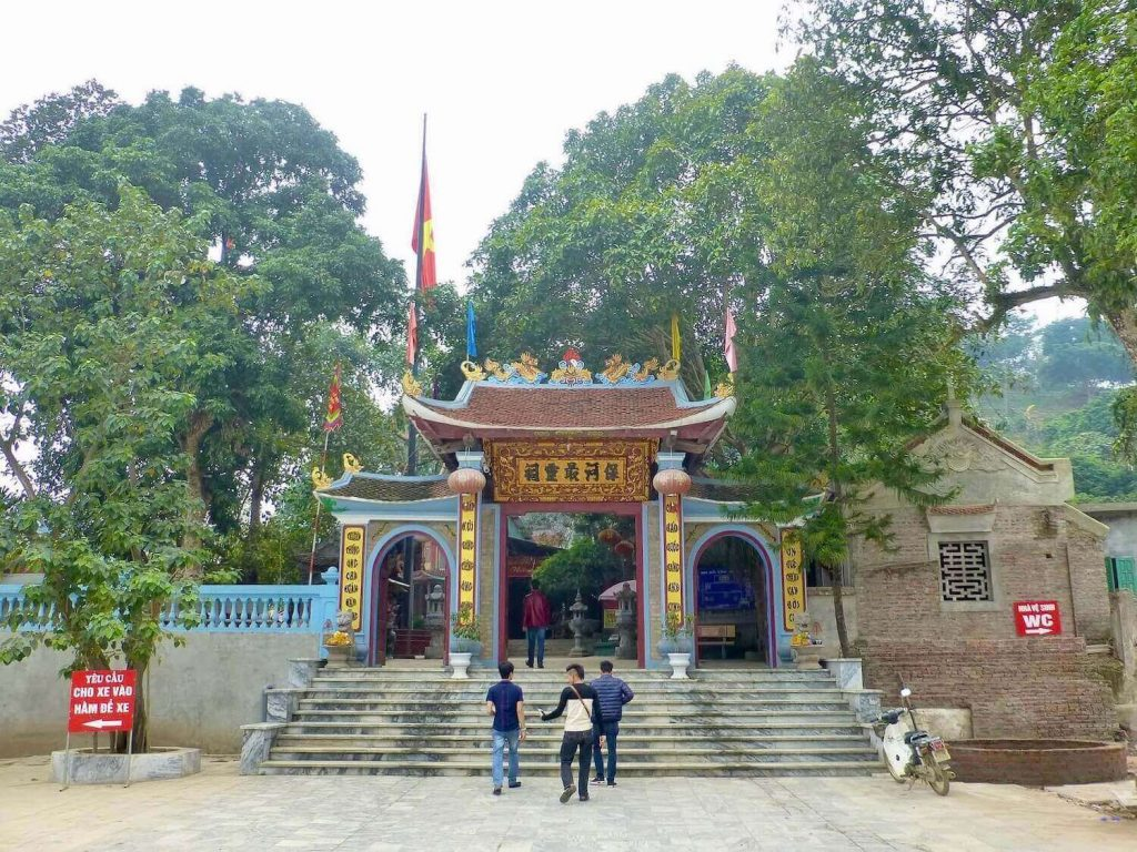 Bao Ha Temple, one of the historical and cultural Vietnam temples in Lao Cai