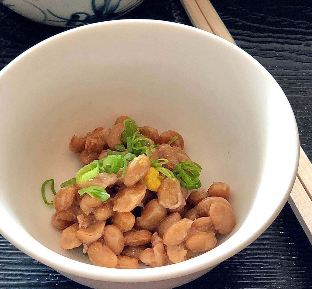 Natto beans is such one of the smelly foods for the breakfast