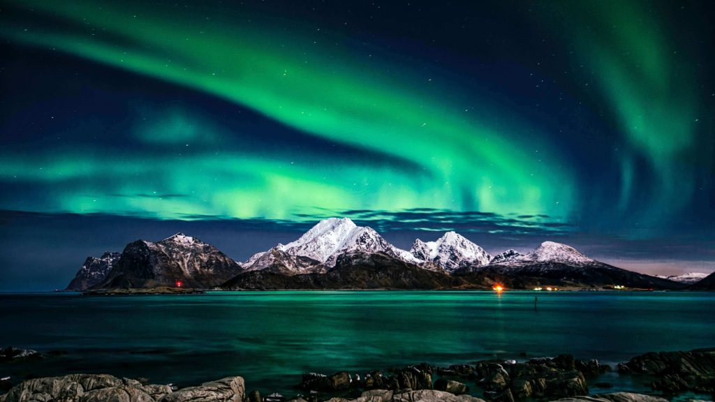 Northern lights in Iceland will make one of your life changing trips