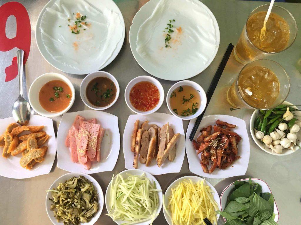 Bánh Ướt Ban Mê, or steamed rice rolls