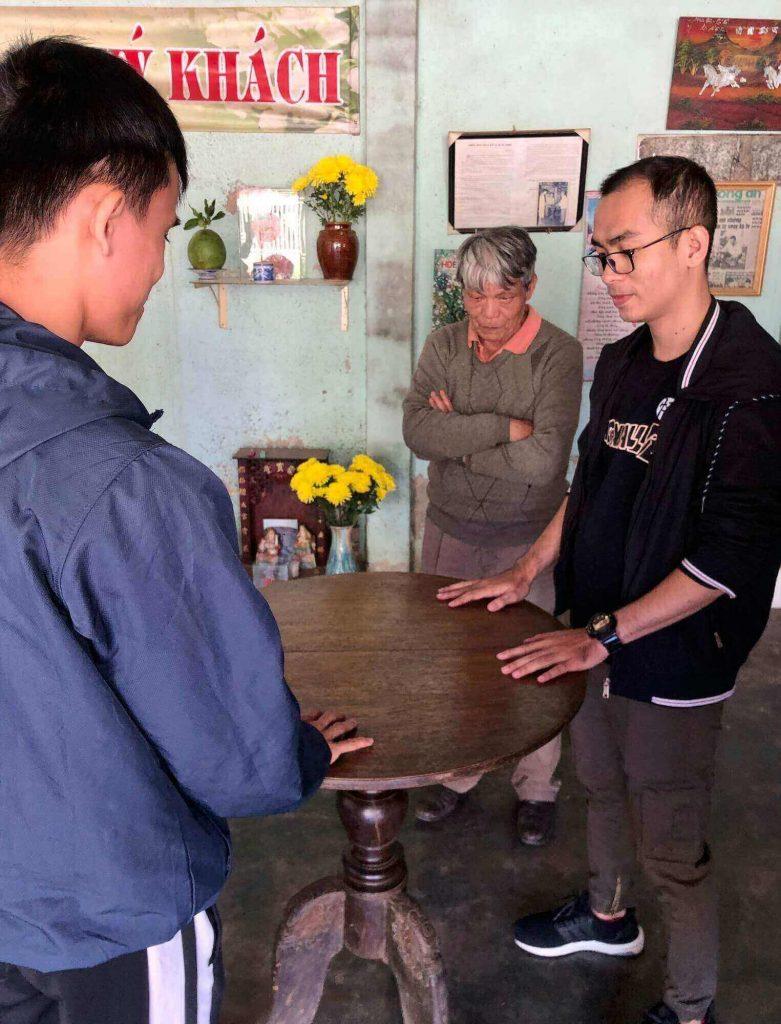 Trying the magic table in Dalat