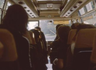 using public transport to save money when traveling
