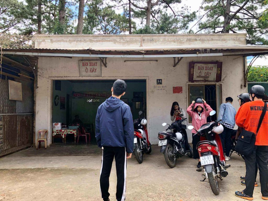 The house that has the revolving table in Dalat