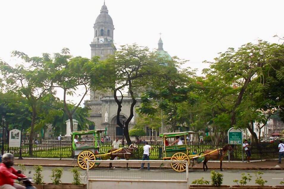 Buildings in the old district of Manila.