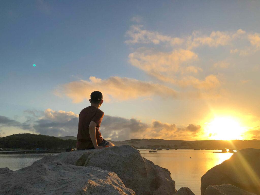 Enjoying the sun after hiking around Île de la Baleine