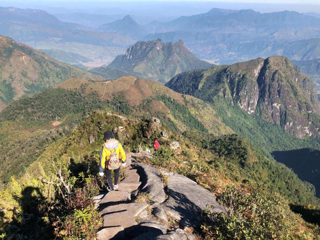 climb down the mountain
