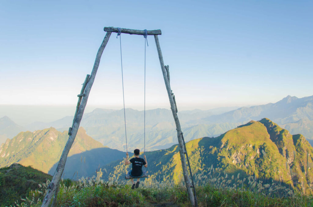 A big swing on the mountain