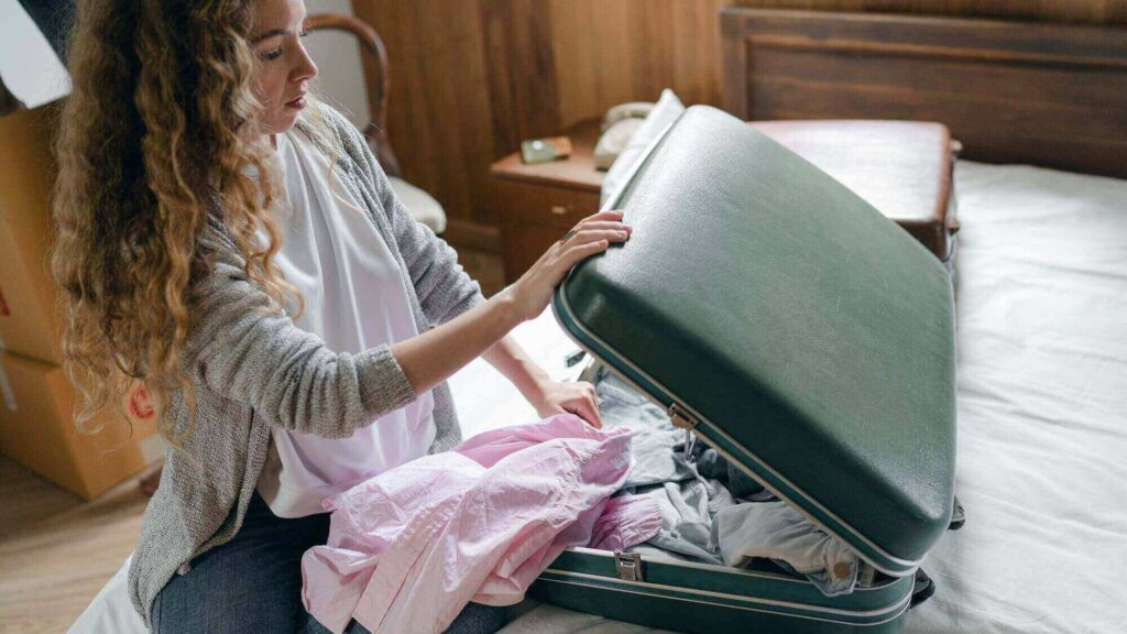 last-minute packing is a mistake to avoid