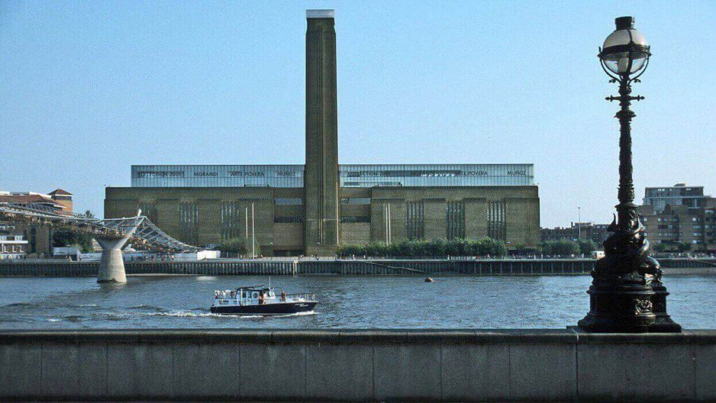 Tate Modern in 2001