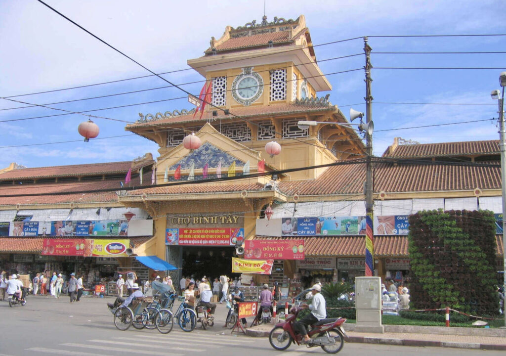front gate of binh tay market
